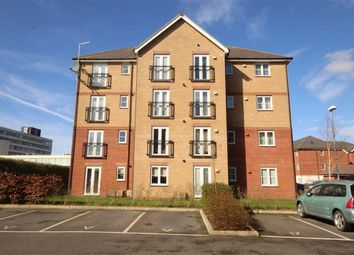 Thumbnail 2 bedroom flat to rent in Richmond House, Swindon