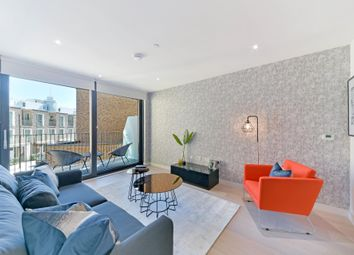 Thumbnail 2 bed flat to rent in Masthead House, Royal Wharf, London