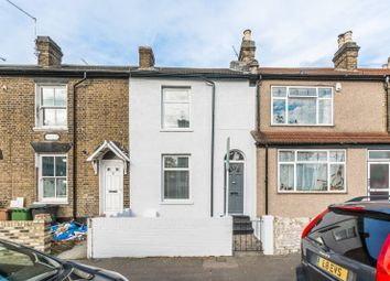 Thumbnail 3 bedroom property to rent in Grosvenor Rise East, Walthamstow Village