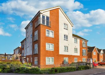 Thumbnail 2 bed flat to rent in Tamar Way, Langley, Berkshire