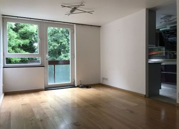 Thumbnail 2 bed flat to rent in Worcester Court, London