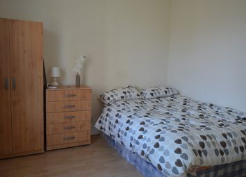 Thumbnail Room to rent in Waverley Road, London
