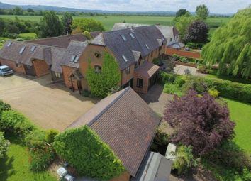 Thumbnail 4 bed barn conversion for sale in Dorsington Road, Pebworth, Stratford-Upon-Avon