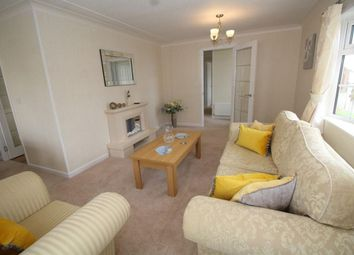 2 bed mobile/park home for sale in Faversham Road, Seasalter, Whitstable, Kent CT5