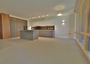 Thumbnail 3 bed flat to rent in Helenslea Avenue, Golders Green