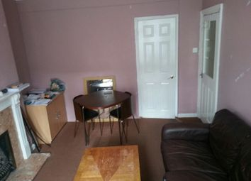Thumbnail 1 bed flat to rent in Kendal Avenue, Barking