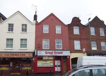 Thumbnail 1 bedroom flat to rent in East Street, Epsom