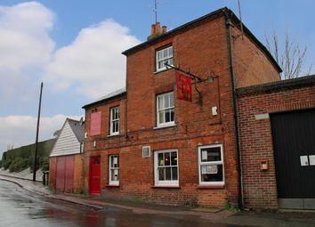 Thumbnail Pub/bar for sale in Hampton Road, Newbury