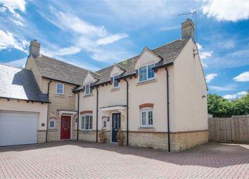 Thumbnail 3 bed property for sale in Crossways Court, Enstone, Oxfordshire