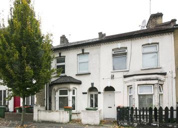 Thumbnail 5 bed terraced house to rent in Cruikshank Road, London