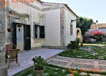 Thumbnail 4 bed villa for sale in Noto, Sicily, Italy
