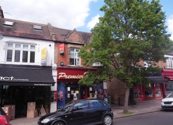 Thumbnail 2 bed flat to rent in The Parade, Claygate, Esher