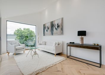 2 bed maisonette for sale in Hubert Grove, Villiers Mews, London SW9