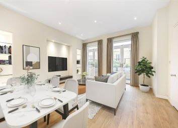 2 bed maisonette to rent in Cadogan Gardens, Chelsea, London SW3
