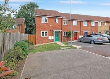 Dennington Crescent, Basildon SS14. 2 bed end terrace house for sale