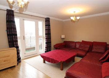 2 bed flat to rent in Britten House, Symphony Court, Birmingham B16