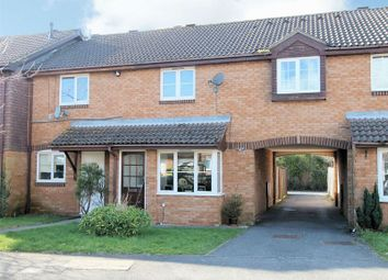 Thumbnail 3 bed terraced house to rent in Knottgrass Road, Locks Heath, Southampton