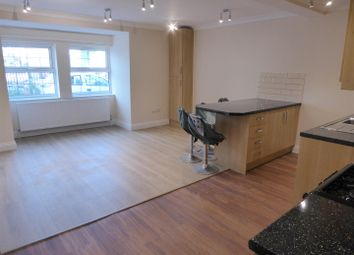 Thumbnail 5 bedroom flat to rent in Bath Road, Hounslow