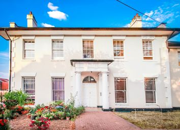 Thumbnail 2 bedroom flat to rent in Sewardstone Road, Waltham Abbey