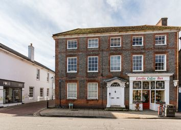 High Street, Emsworth PO10. 2 bed flat for sale