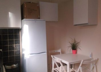 Thumbnail 1 bed property to rent in Shakspeare Walk, London
