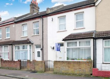 Thumbnail 3 bed terraced house to rent in Vale Road, Sutton