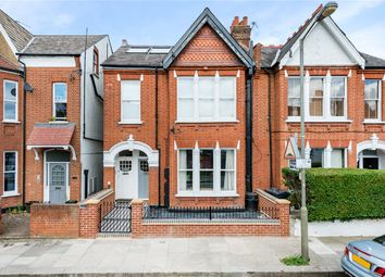 2 bed maisonette for sale in Lucien Road, London SW17