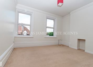 3 bed maisonette to rent in High Street, Southgate N14
