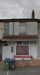 Thumbnail 3 bedroom terraced house to rent in Barrs Street, Langley