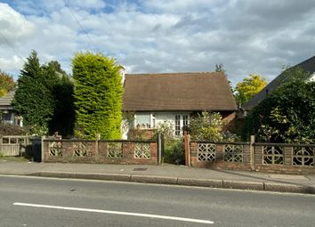 3 bed detached bungalow for sale in Wellington Rd, Hounslow TW4