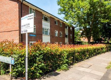 Thumbnail 3 bedroom flat for sale in Sellindge Close, Beckenham