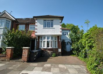 Thumbnail 2 bed flat to rent in Cornwall Avenue, Finchley Central