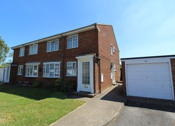 Thumbnail 2 bed maisonette for sale in King Georges Close, Hitchin