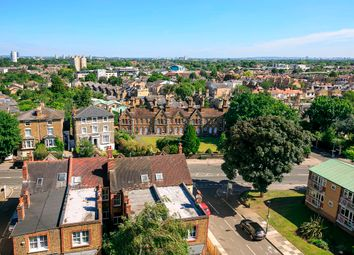 Thumbnail 3 bedroom flat for sale in Sheen Road, Richmond