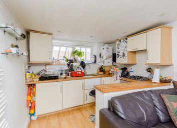 Thumbnail 1 bed flat to rent in Causeway, Bicester