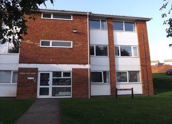 Thumbnail 2 bedroom flat to rent in Handcross Road, Luton