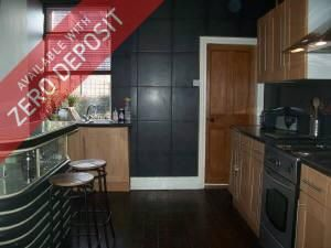 Thumbnail 5 bed property to rent in Windsor Road, Levenshulme, Manchester