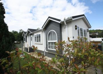 Thumbnail 2 bed mobile/park home for sale in Mobile Home Park, Rayners Avenue, Loudwater, High Wycombe