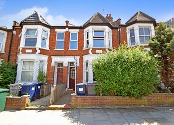 Thumbnail 1 bed flat to rent in Squires Lane, Finchley Central