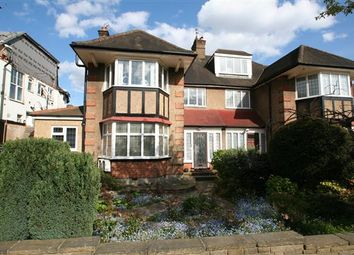 Thumbnail 1 bed flat to rent in Hodford Road NW11, Golders Green