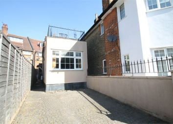 2 bed link-detached house for sale in Queens Avenue, London N21