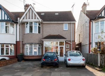 Thumbnail 1 bedroom flat for sale in Kensington Road, Southend-On-Sea
