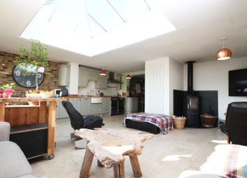 Thumbnail 3 bedroom terraced house for sale in Copners Drive, Holmer Green, High Wycombe