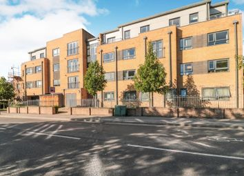 Thumbnail 1 bedroom flat for sale in 154 Kings Head Hill, Chingford