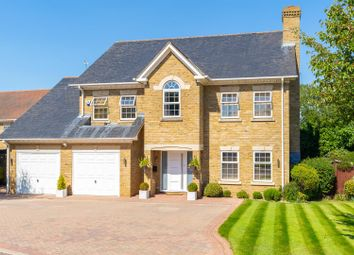 Thumbnail 5 bed detached house for sale in Bartrop Close, Goffs Oak, Waltham Cross