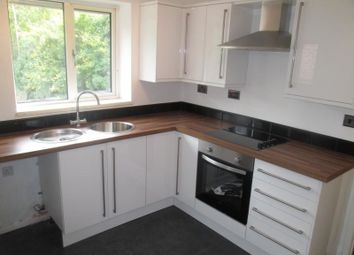 Thumbnail 2 bed flat to rent in Beech Avenue, Gatley, Cheadle