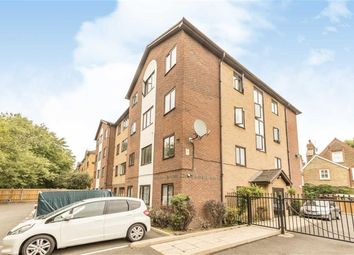 1 bed flat for sale in Pages Walk, London SE1