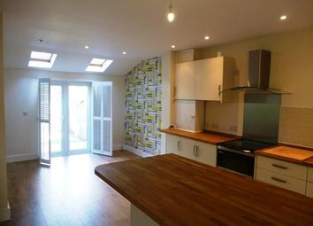 Thumbnail 2 bed property to rent in Woodside Road, Tunbridge Wells
