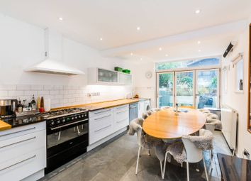 Thumbnail 3 bed property to rent in Archway Road, Highgate