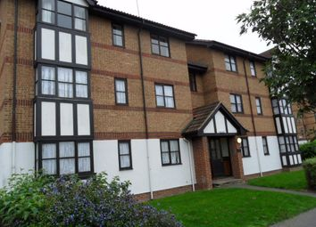 Thumbnail 2 bed flat to rent in Frobisher Road, Erith